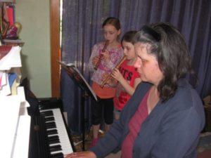 Blockflötenunterricht mit Klavierbegleitung